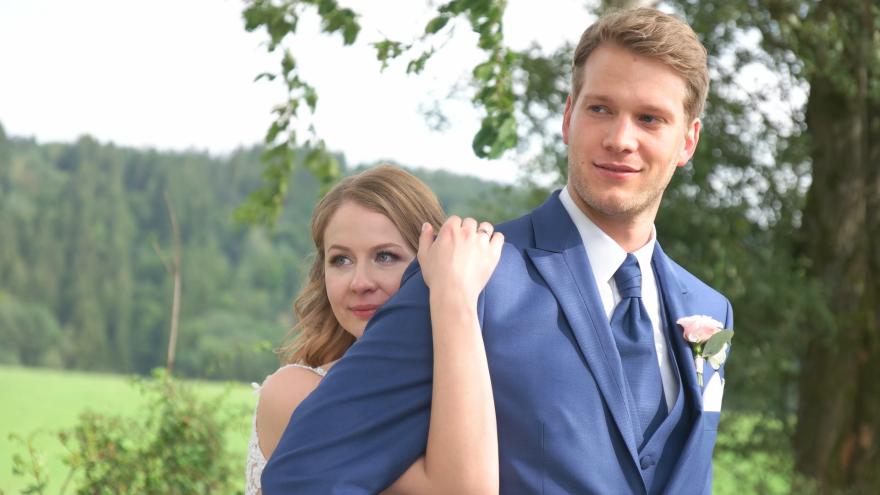 Hochzeitsvideo in Lüdenscheid Kierspe  Werdohl Attendorn  Halver Plettenberg Altena Olpe Meinerzhagen Gummersbach Herscheid